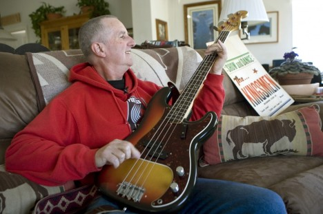 "Jack Ely, best known for his 1963 rendition of the song ""Louie Louie,"" in 2009. (Don Ryan/AP)"
